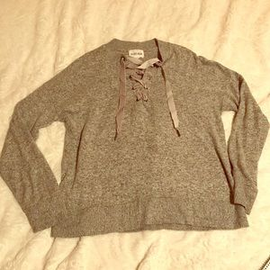 Olive + Oak Tie Front Very Soft Size Large Sweater